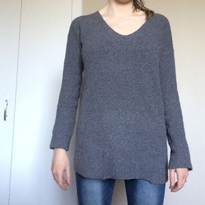 Wilfred Henon Gray Oversized V-Neck